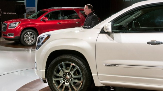 GMC Rolls Out 2013 Acadia and Acadia Denali At Chicago Auto Show