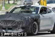 2018 Ford Mustang Shelby GT500 spy shots