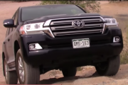 2017 Toyota Land Cruiser: Off-Road Test