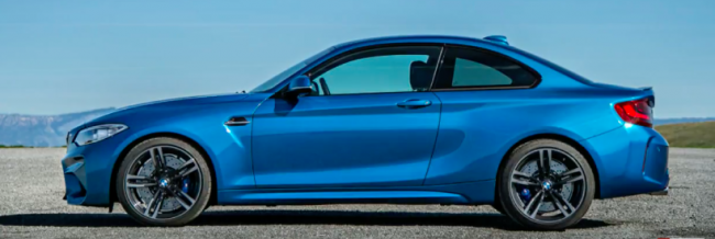2018 BMW M2 design, interior, track drive