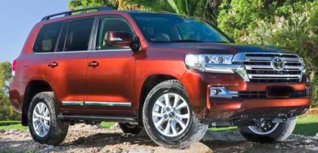 2018 Toyota Land Cruiser Prado, Redesign and Release Date